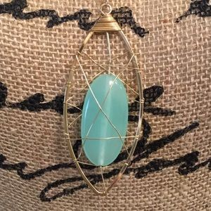 NWT Wire Wrapped Stone Necklace